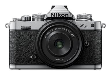 Nikon Z fc + Z 28 mm f/2.8 SE