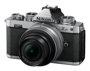 Nikon Z fc + Z DX 16-50 mm f/3.5-6.3 + Z DX 50-250 f/4.5-6.3 kit