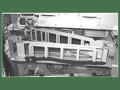 HPE Arm til kabelstyring