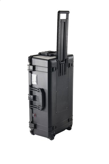 Peli Air Case 1615 With Padded Devider null