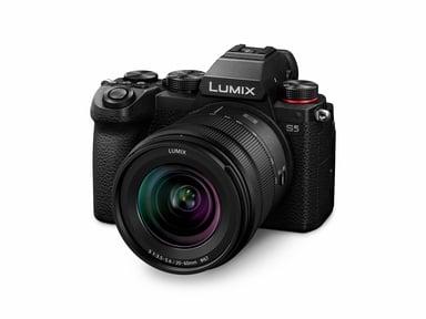 Panasonic LUMIX S5 + LUMIX S 20-60mm F3.5-5.6