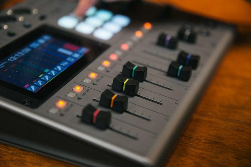 Zoom PodTrak P8 Podcasting Recorder