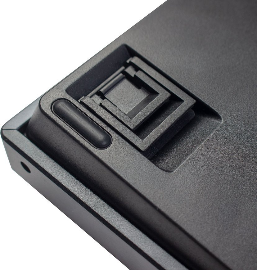 Keychron K2 RGB Aluminum Hot-Swap Red (Version 2) Tangentbord Kabelansluten, Trådlös Nordisk Svart, Vit