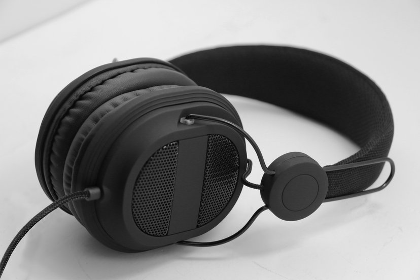 Voxicon Over-Ear Headphone 822B