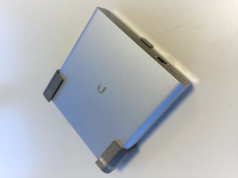 Winther 3d-printat väggfäste UniFi Cloud Key Gen 2 Plus